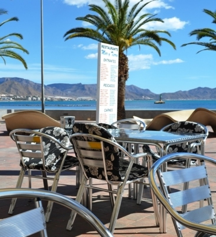 Popular menu de día and great views at  Mar y Tierra on the paseo - Puerto de Mazarrón.
