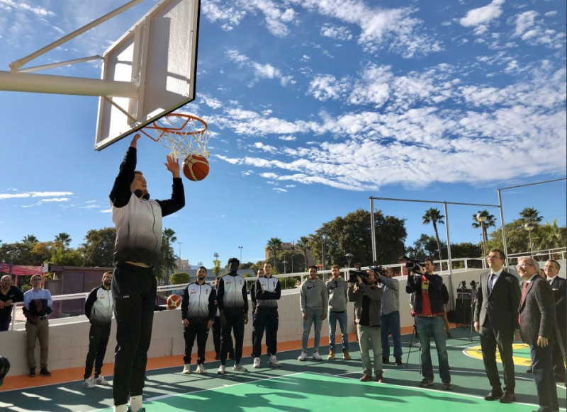 Murcia presents only the second basketball court in Spain to be made of recycled glass
