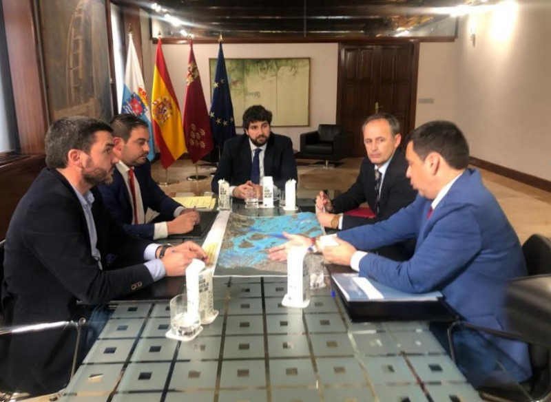 <span style='color:#780948'>ARCHIVED</span> - Los Alcázares presents initial flood protection project to the Murcia government