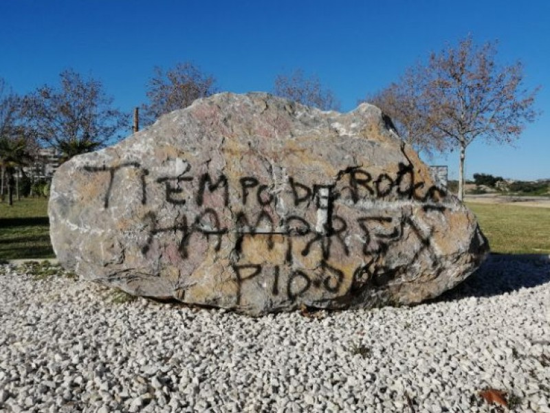 <span style='color:#780948'>ARCHIVED</span> - Vandals deface Nazi concentration camp memorial in Águilas