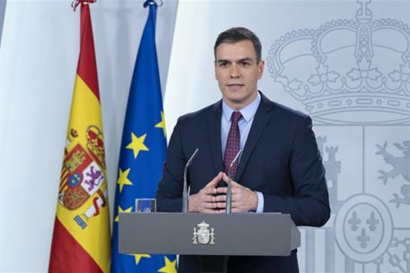 <span style='color:#780948'>ARCHIVED</span> - Spanish government declares national state of emergency