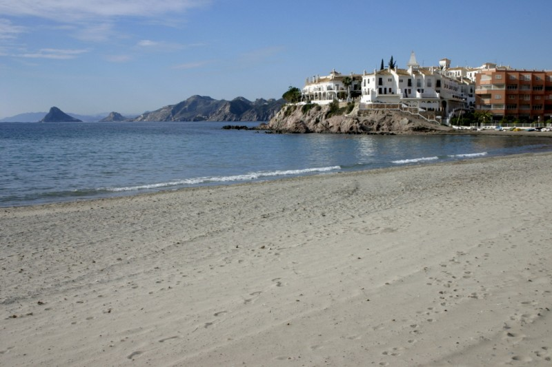 Spanish government orders the closure of hotels, campsites and other tourist accommodation