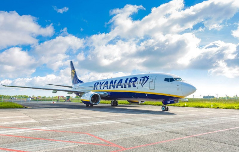 Ryanair does not expect to fly during April and May