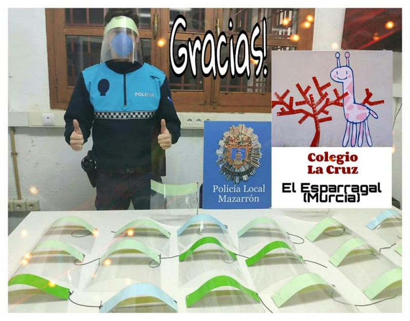 Mazarrón police thank schools and businesses for their donations and support