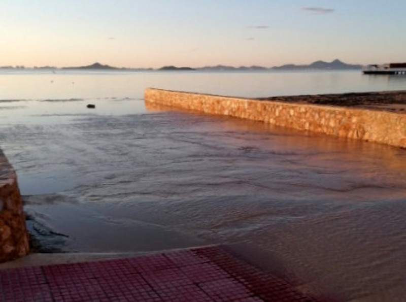 <span style='color:#780948'>ARCHIVED</span> - Stormwater runs off into the Mar Menor
