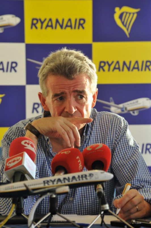 <span style='color:#780948'>ARCHIVED</span> - Ryanair passengers angry about vouchers instead of refunds