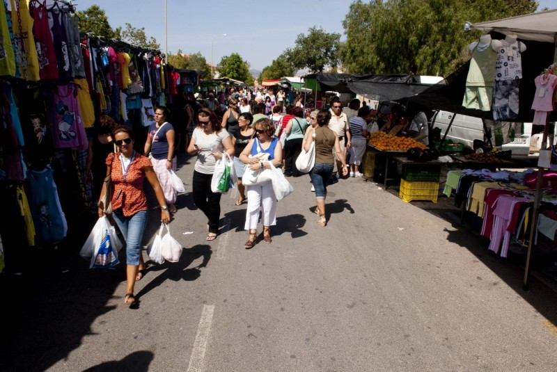 <span style='color:#780948'>ARCHIVED</span> - Murcia municipality traders re-open their markets