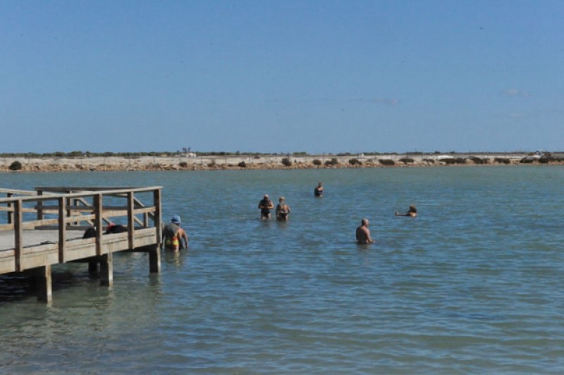 <span style='color:#780948'>ARCHIVED</span> - Mud bathing and beaches open in San Pedro del Pinatar