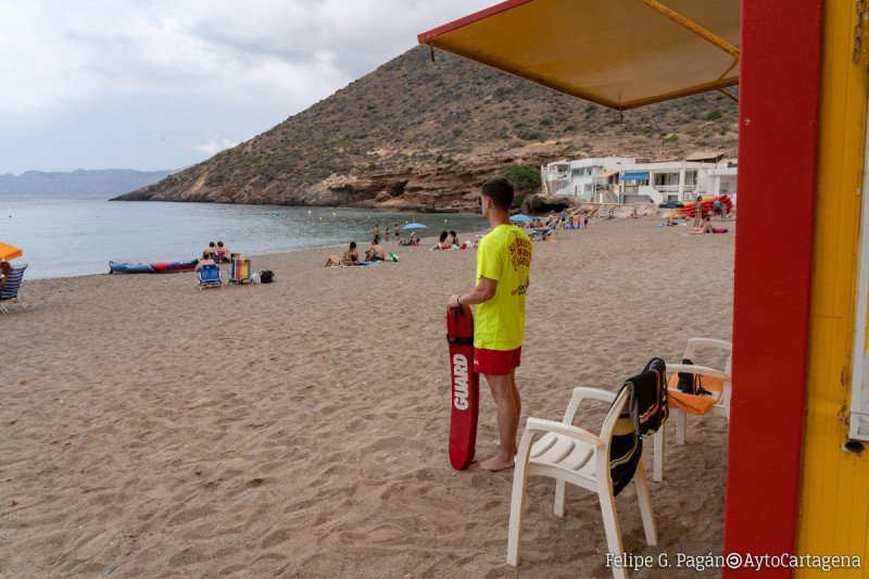 <span style='color:#780948'>ARCHIVED</span> - Cartagena resumes lifeguard services from 8th June