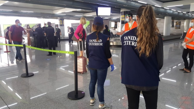 <span style='color:#780948'>ARCHIVED</span> - First tourists land in Spain since the beginning of the Covid crisis