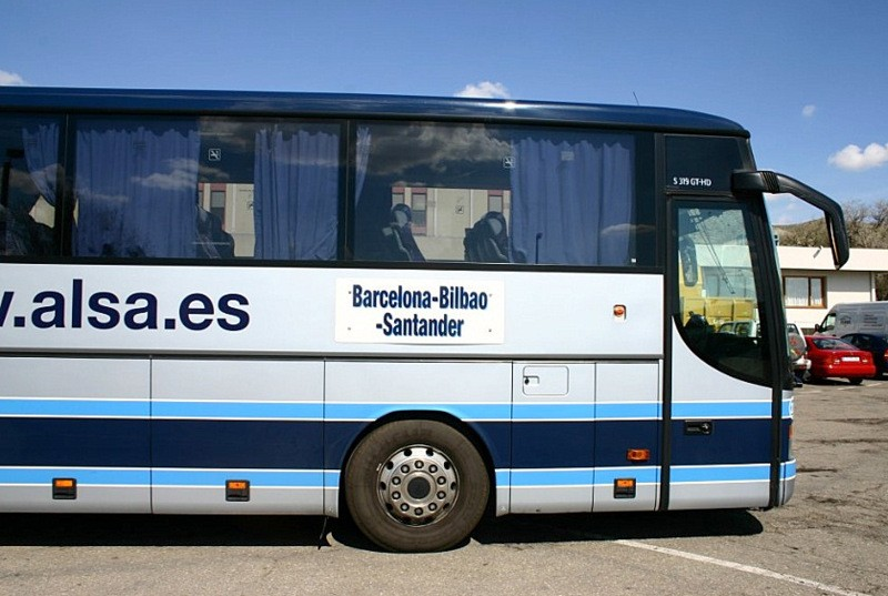 Bus routes to Cartagena beaches and La Manga halved for this summer