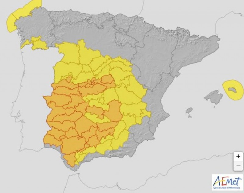<span style='color:#780948'>ARCHIVED</span> - Tuesday set to be hottest day of the year so far in large part of Spain