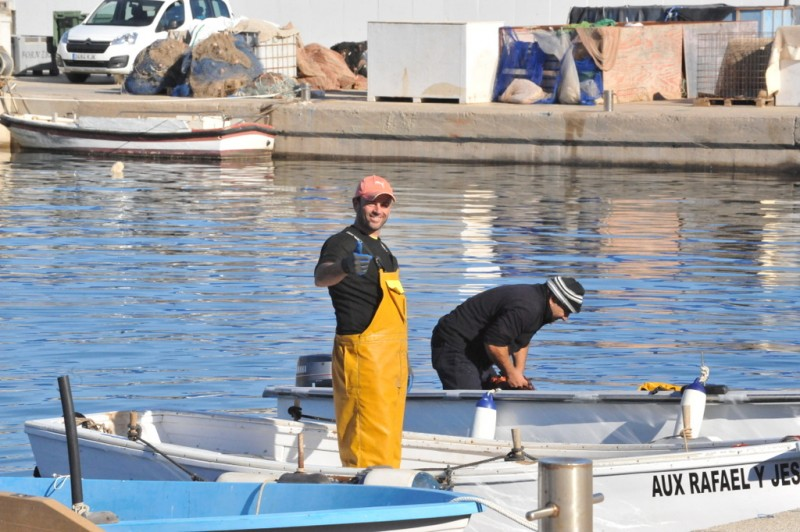 <span style='color:#780948'>ARCHIVED</span> - Three Covid positives in Mazarrón fishing sector
