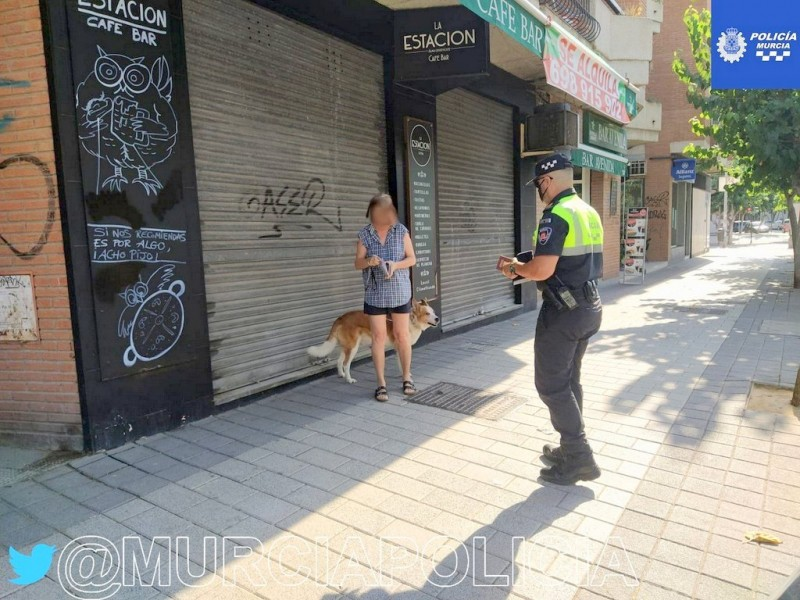 <span style='color:#780948'>ARCHIVED</span> - Four months in jail for spitting on a policeman when asked to wear a mask