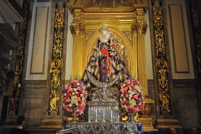 <span style='color:#780948'>ARCHIVED</span> - With no Feria, the Virgen de la Fuensanta remains in Murcia Cathedral