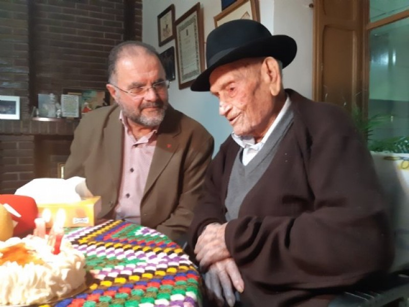 <span style='color:#780948'>ARCHIVED</span> - Murcian Trovero dies at 108 years old