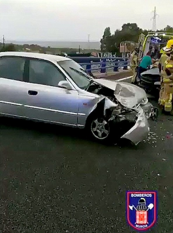 <span style='color:#780948'>ARCHIVED</span> - Nasty 3 car accident in Puerto de la Cadena near Murcia city