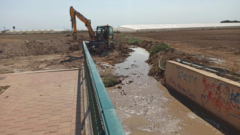 <span style='color:#780948'>ARCHIVED</span> - Torre Pacheco council widening drains and water run-offs
