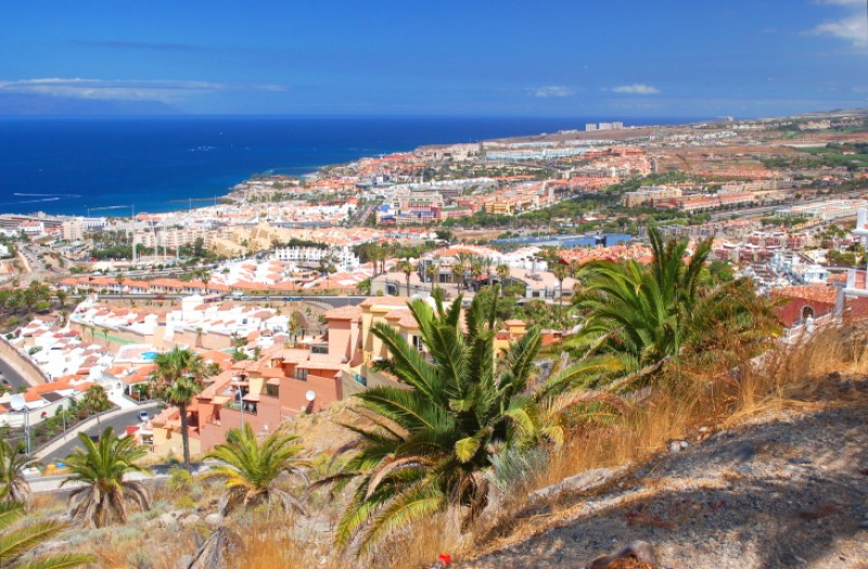 Jet2 cancels Canary Islands flights from England; travel corridor closed again due to covid