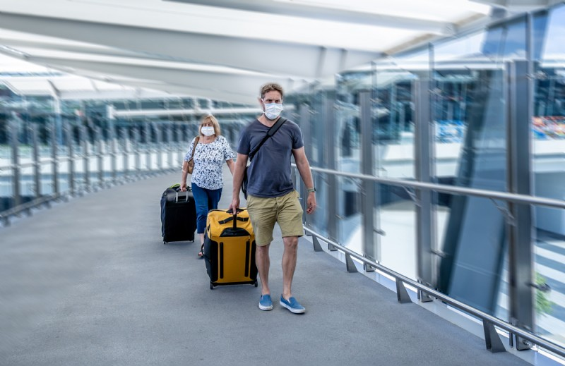 <span style='color:#780948'>ARCHIVED</span> - Travellers to the UK can halve quarantine by paying for a covid test