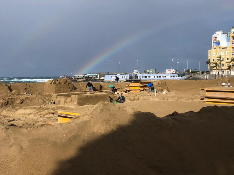 <span style='color:#780948'>ARCHIVED</span> - 15th edition of the Canary Islands sand sculpture nativity scene nearly ready to open