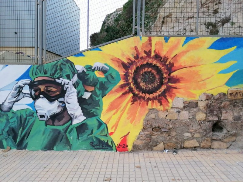 <span style='color:#780948'>ARCHIVED</span> - New Cartagena artwork pays tribute to coronavirus health workers