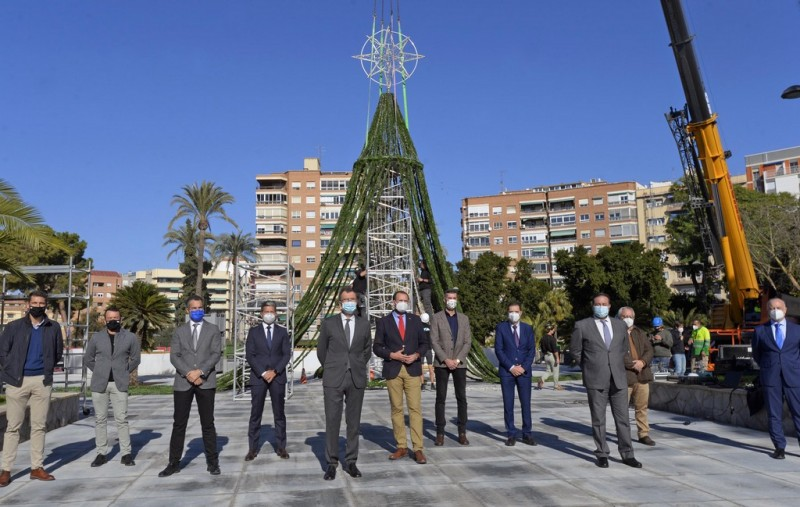 <span style='color:#780948'>ARCHIVED</span> - Murcia city determined to maintain a little sparkle despite covid restrictions