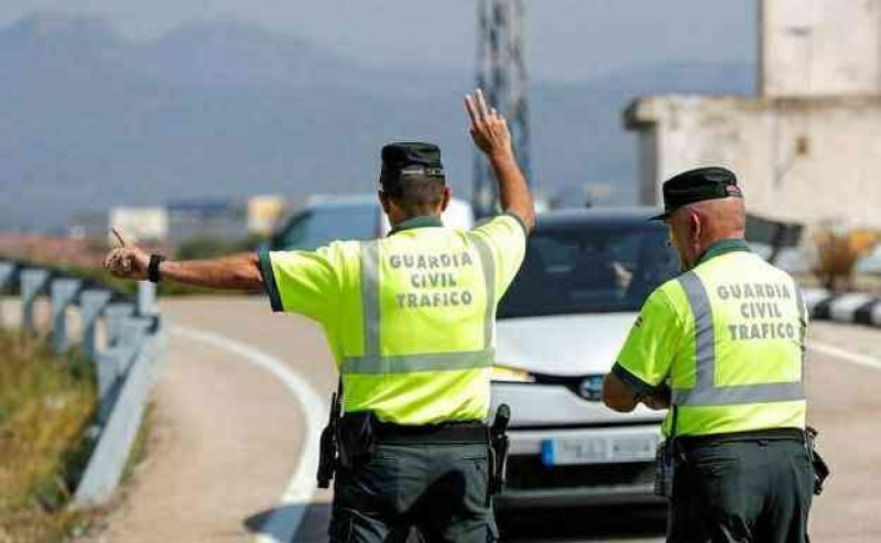 <span style='color:#780948'>ARCHIVED</span> -  Inter-regional travel still banned in almost all of Spain for Bank Holiday weekend