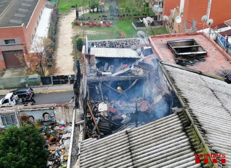<span style='color:#780948'>ARCHIVED</span> - At least 3 irregular migrants killed in fire at Catalunya squat