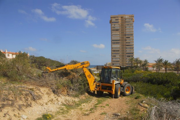 <span style='color:#780948'>ARCHIVED</span> - Work continues to turn Mar Menor Monte Blanco into nature reserve