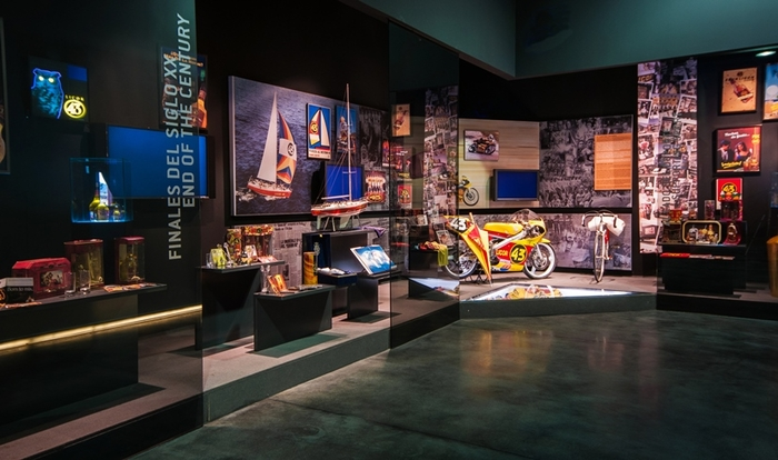 Experience 43 a fascinating half-day guided tour to the Licor 43 Factory and Museum Cartagena