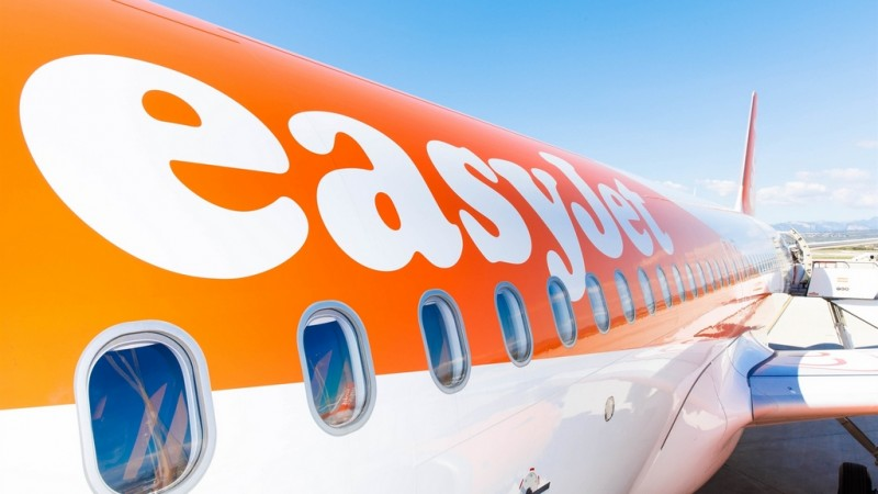 EasyJet cancels all package holidays until March