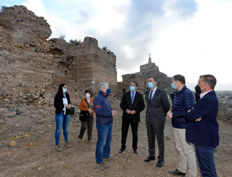 Preliminary work begins to restore the summer palace of the Wolf King in Monteagudo