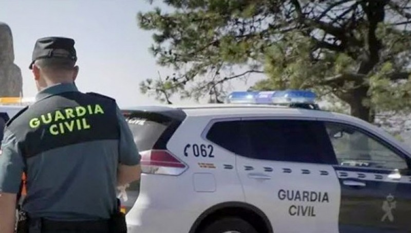 Suspected burglars nabbed in Guadix while trying to sell booty to the brother of their victim