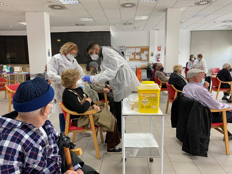 <span style='color:#780948'>ARCHIVED</span> - Covid vaccination plans for foreigners will be decided by regional governments in Spain