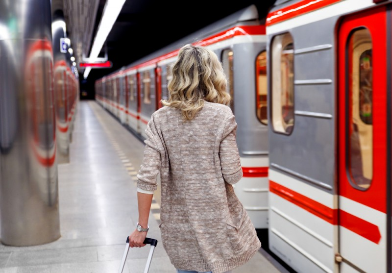 Railway link between Alicante-Elche airport and the city of Alicante to be debated in Congress