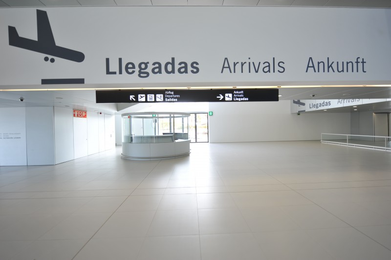 <span style='color:#780948'>ARCHIVED</span> - Traffic remains almost non-existent at Corvera airport: passenger numbers down by 97.4 per cent in March