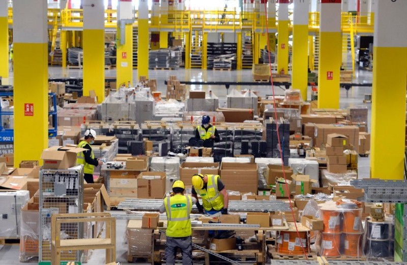 <span style='color:#780948'>ARCHIVED</span> - 1,200 jobs to be created by new Amazon logistics plant in Corvera