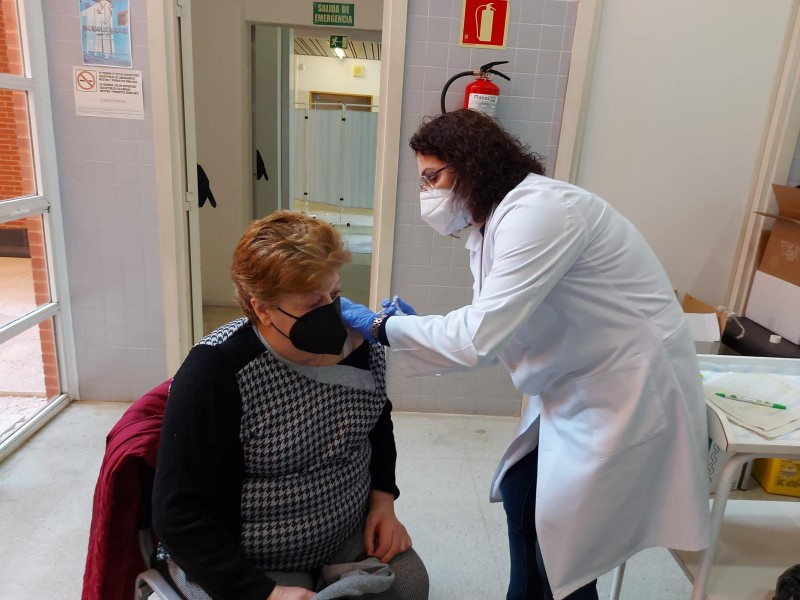 Covid cases increase by largest figure for two weeks: Alicante Covid update April 16