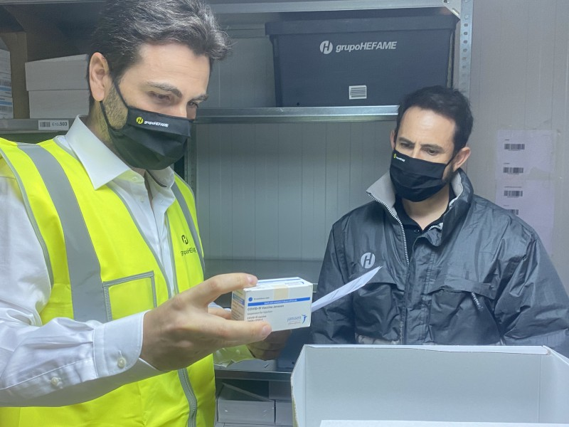 <span style='color:#780948'>ARCHIVED</span> - First Janssen coronavirus vaccine doses arrive in the Region of Murcia