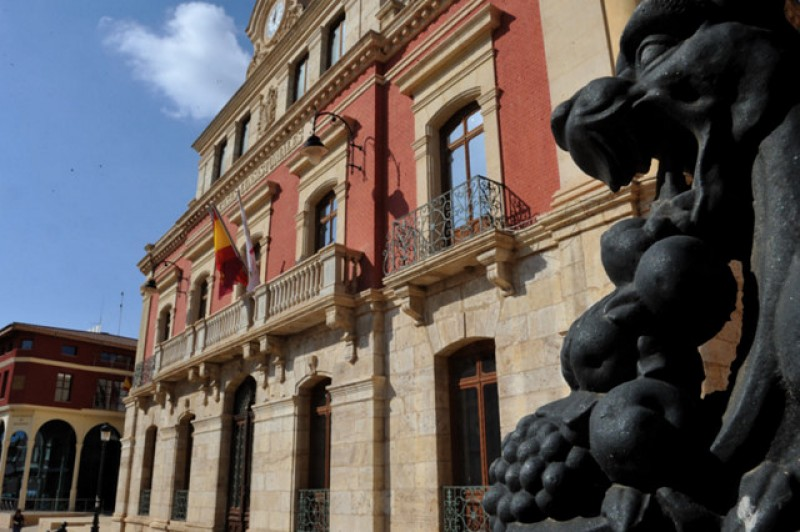New auditorium planned for Mazarrón as the Town Hall purchases old Guardia Civil HQ