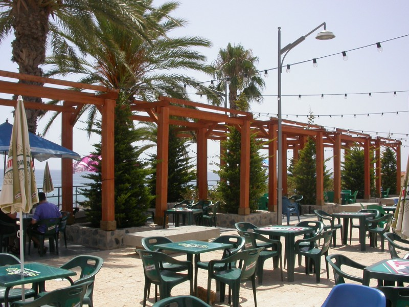 New management contract put out to tender for the social club bar in Isla Plana