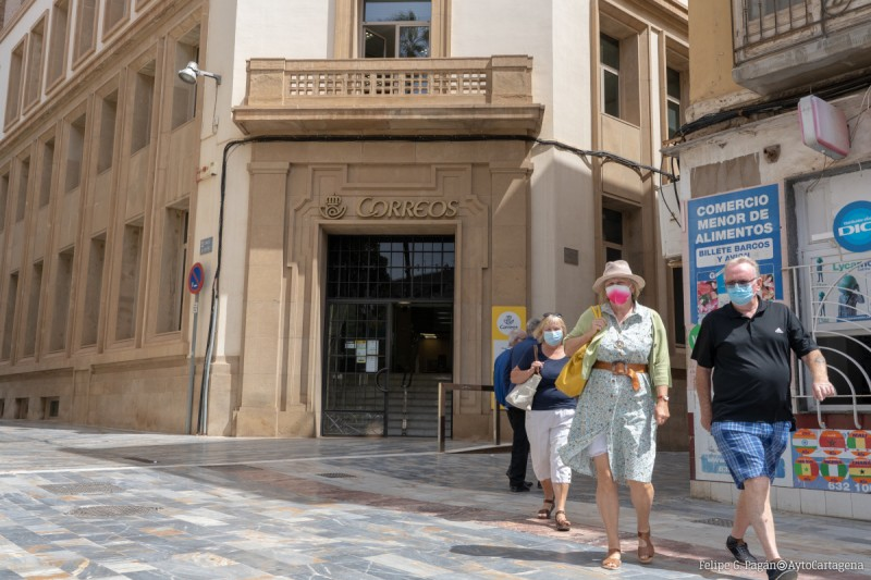 Cartagena town hall and Correos sign agreement to make council payments easier
