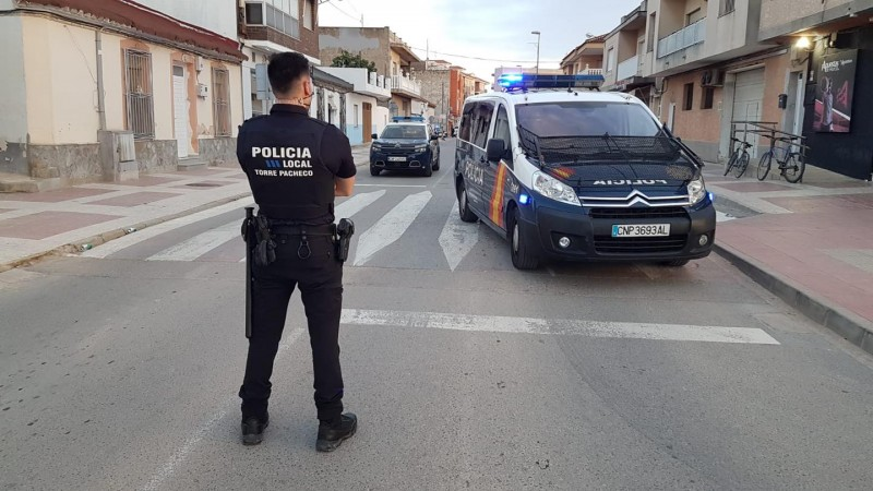 <span style='color:#780948'>ARCHIVED</span> - At least 20 irregular immigrants detained in Torre Pacheco raids