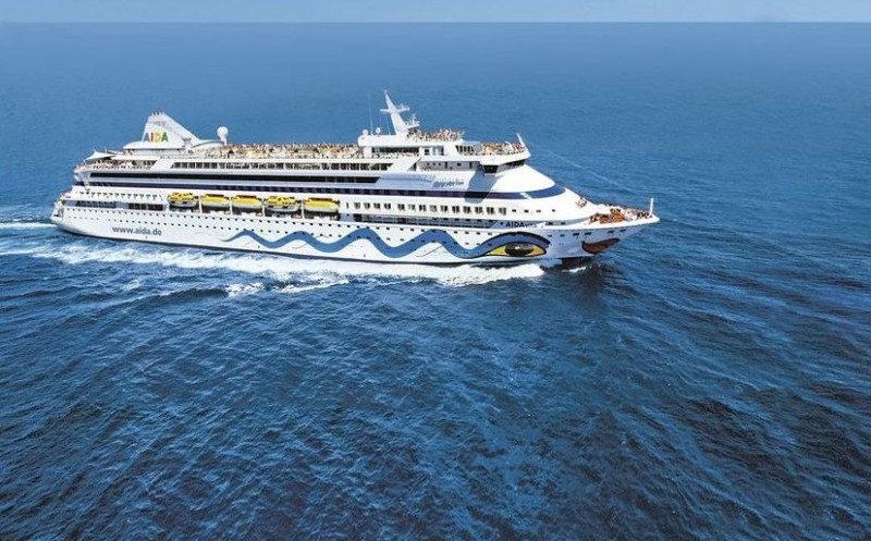 <span style='color:#780948'>ARCHIVED</span> - From June 7 Spain resumes international cruise ship tourism