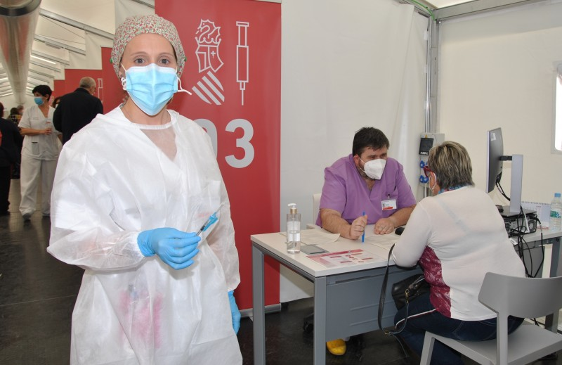 <span style='color:#780948'>ARCHIVED</span> - Vaccine for non-residents who stay on the Costa Blanca a month or longer