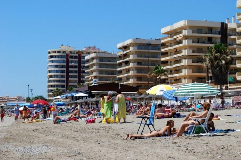 <span style='color:#780948'>ARCHIVED</span> - Spanish tourism has lost 4 billion euros due to lack of UK visitors so far this year