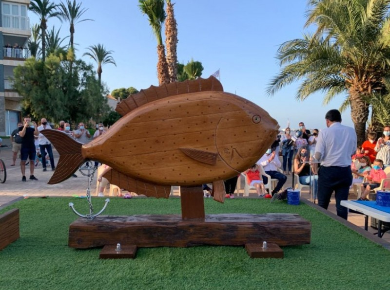 <span style='color:#780948'>ARCHIVED</span> - Recycled sculpture unveiled on the seafront in Santiago de la Ribera