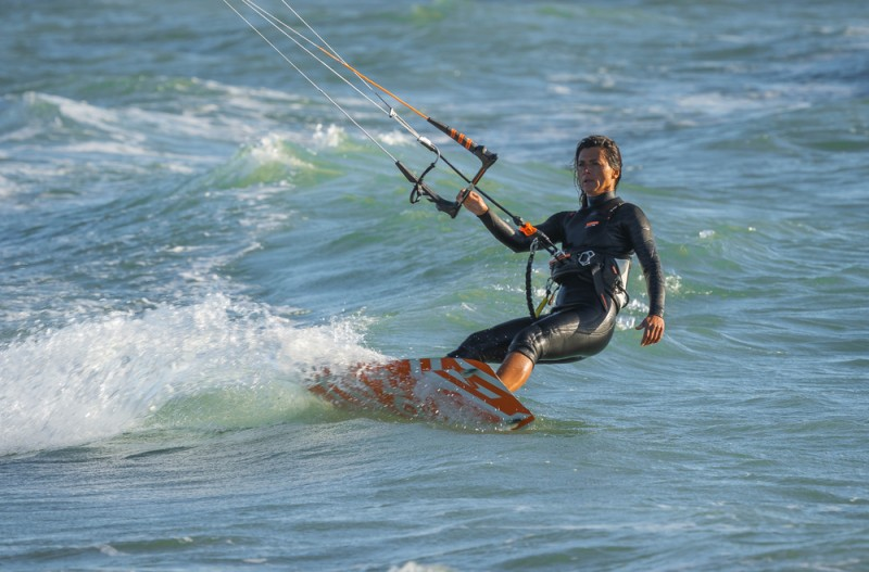 <span style='color:#780948'>ARCHIVED</span> - DNA samples taken to try and identify body of kite surfer found off the coast of Javea