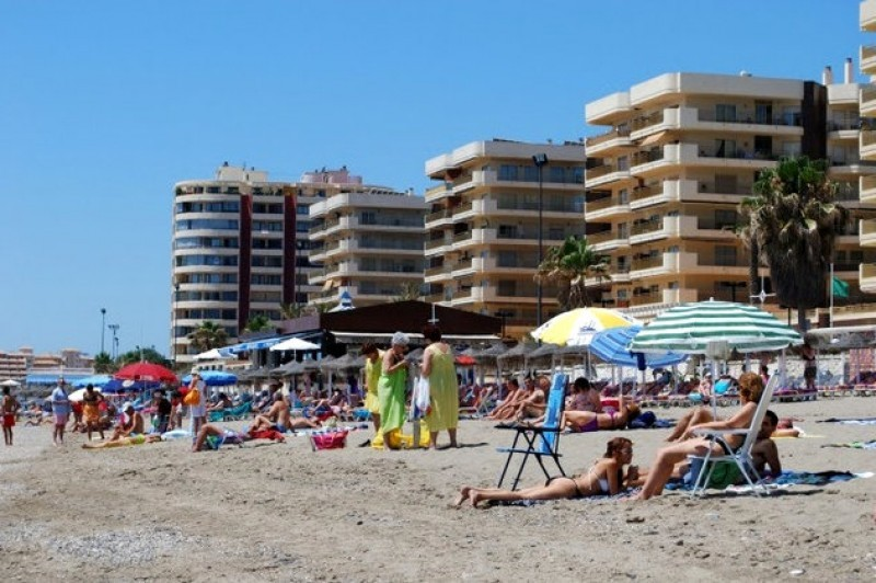 <span style='color:#780948'>ARCHIVED</span> - Hopes dwindle that normal levels of British tourists will return to Spain this summer